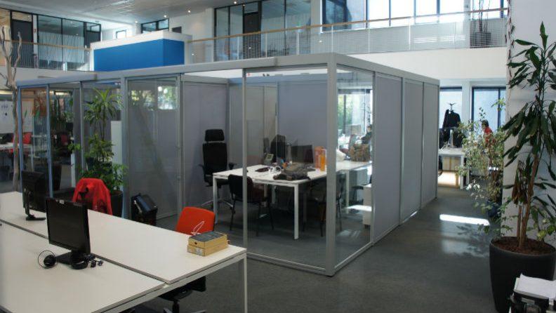 personnalisation-des-bureaux-des-entreprises